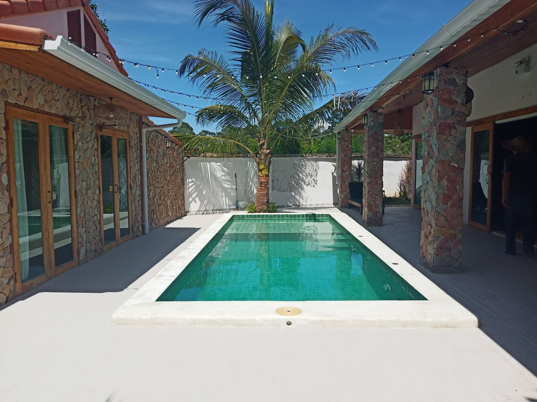 3 Bedrooms Fully Furnished Pool Villa For Sale Near Silver Lake